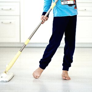 kids can help with chores
